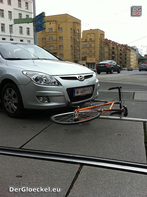 Verkehrsunfall Pkw gegen Fahrrad